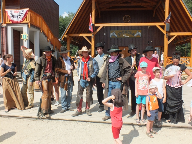 Kowboje i szeryfi